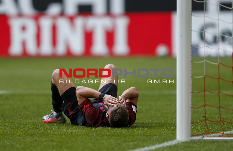 Florian Niederlechner (FCA)<br /><br />20.06.2020, Fussball, 1. Bundesliga, Saison 2019 / 2020<br />33.Spieltag, Fortuna Duesseldorf : FC Augsburg<br /><br />Foto : NORBERT SCHMIDT/POOL/ via Meuter/nordphoto<br /><br />Nur für journalistische Zwecke ! Only for editorial use .