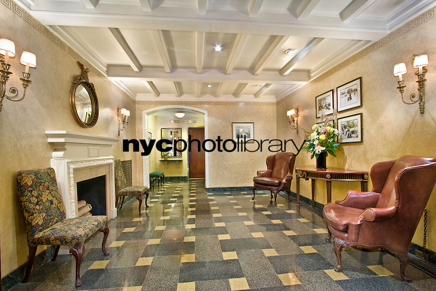 Lobby at 8 East 96th St