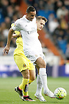 Real Madrid's Danilo da Silva (r) and Villareal's Denis Suarez during La Liga match. April 20,2016. (ALTERPHOTOS/Acero)