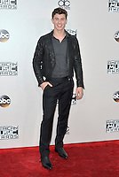 LOS ANGELES, CA - NOVEMBER 20: Shawn Mendes at the 44th Annual American Music Awards at the Microsoft Theatre in Los Angeles, California on November 20, 2016. Credit: Koi Sojer/Snap'N U Photos/MediaPunch