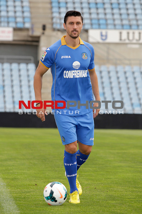 Ciprian Andrei Marica attends his official presentation as a new Getafe player at Alfonso Perez Stadium in Getafe, Madrid, Spain. October 2, 2013. Foto © nph / Victor Blanco)