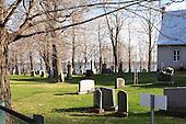 Cap-Sante cemetery, behind the Sainte-Famille Catholic church