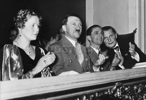 *20.04.1889-30.04.1945+<br /> Politiker, NSDAP, D<br /> - bei einem Konzert der Berliner<br /> Philharmoniker unter Wilhelm Furtw&auml;ngler<br /> zugunsten des Winterhilfswerkes (WHW);<br /> in der Ehrenloge von links: Emmy G&ouml;ring,<br /> Joseph Goebbels, Hermann G&ouml;ring<br /> <br /> - 10.02.1937<br /> <br /> Es obliegt dem Nutzer zu pr&uuml;fen, ob Rechte Dritter an den Bildinhalten der beabsichtigten Nutzung des Bildmaterials entgegen stehen.