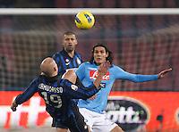NAPOLI 25/01/2012 - COPPA ITALIA  2011/2012  QUARTI. INCONTRO NAPOLI - INTER. NELLA FOTO   EDINSON CAVANI   WESLEY SNEIJDER.FOTO CIRO DE LUCA