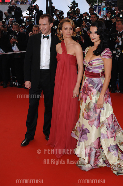 Actresses PENELOPE CRUZ & KRISTIN SCOTT THOMAS (in red) with actor RALPH FIENNES at the Awards Ceremony & screening of Chromophobia at the 58th Annual Film Festival de Cannes..May 21, 2005 Cannes, France..© 2005 Paul Smith / Featureflash