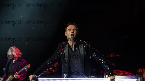 WET WET WET - vocalist Marti Pellow - performng live at the O2 Arena in London UK - 11 Dec 2013.  Photo credit: Iain Reid/IconicPix