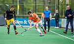 BLOEMENDAAL - Glenn Schuurman (Bldaal)   tijdens de hoofdklasse competitiewedstrijd hockey heren,  Bloemendaal-Den Bosch (2-1). COPYRIGHT KOEN SUYK