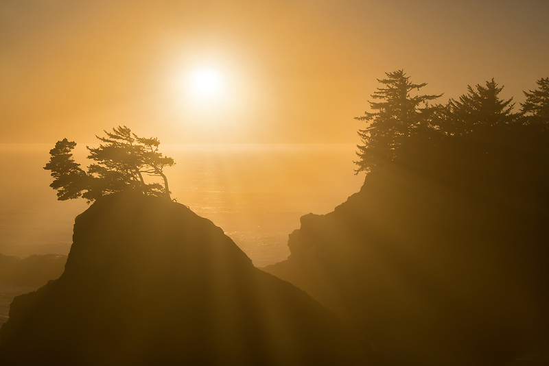 Sunset at Thunder <br /> Cove. Samuel H. Boardman State Park (Scenic Corridor), Oregon