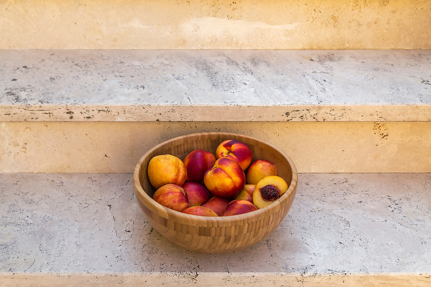 Series of images of nectarines taken during my holiday in Italy.