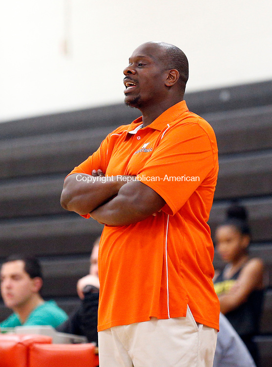 Watertown, CT- 04 December 2015-1204115CM10- Watertown girls head basketball coach, Jason Hurdle commands his team during a scrimmage in Watertown on Friday.     Christopher Massa Republican-American