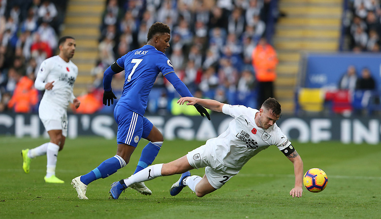 Leicester City's Demarai Gray battles with Burnley's Kevin Long<br /> <br /> Photographer Stephen White/CameraSport<br /> <br /> The Premier League - Saturday 10th November 2018 - Leicester City v Burnley - King Power Stadium - Leicester<br /> <br /> World Copyright © 2018 CameraSport. All rights reserved. 43 Linden Ave. Countesthorpe. Leicester. England. LE8 5PG - Tel: +44 (0) 116 277 4147 - admin@camerasport.com - www.camerasport.com