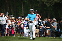 Danny Willett (ENG) approaching the 8th tee during Round Three of the 2016 BMW PGA Championship over the West Course at Wentworth, Virginia Water, London. 28/05/2016. Picture: Golffile   David Lloyd. <br /> <br /> All photo usage must display a mandatory copyright credit to © Golffile   David Lloyd.