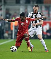 FUSSBALL  CHAMPIONS LEAGUE  VIERTELFINALE  HINSPIEL  2012/2013      FC Bayern Muenchen - Juventus Turin       02.04.2013 David Alaba (li, FC Bayern Muenchen) gegen Stephan Lichtsteiner (re, Juventus Turin)