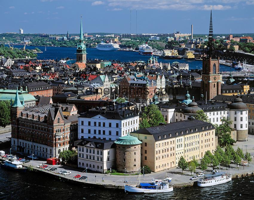 Sweden, Stockholm: view at district Riddarholmen and Gamla Stan (Old Town) | Schweden, Stockholm: Blick auf Riddarholmen und Gamla Stan (Altstadt)