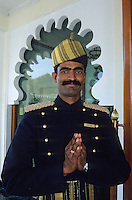 """Asie/Inde/Rajasthan/Udaipur: Groom de l'hôtel """"Le Trident"""""""