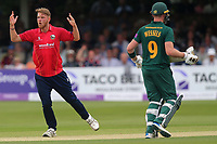 Jamie Porter of Essex goes close to a wicket during Essex Eagles vs Notts Outlaws, Royal London One-Day Cup Semi-Final Cricket at The Cloudfm County Ground on 16th June 2017