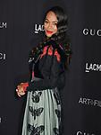 Zoe Saldana 040 attends the 2019 LACMA Art + Film Gala at LACMA on November 02, 2019 in Los Angeles, California