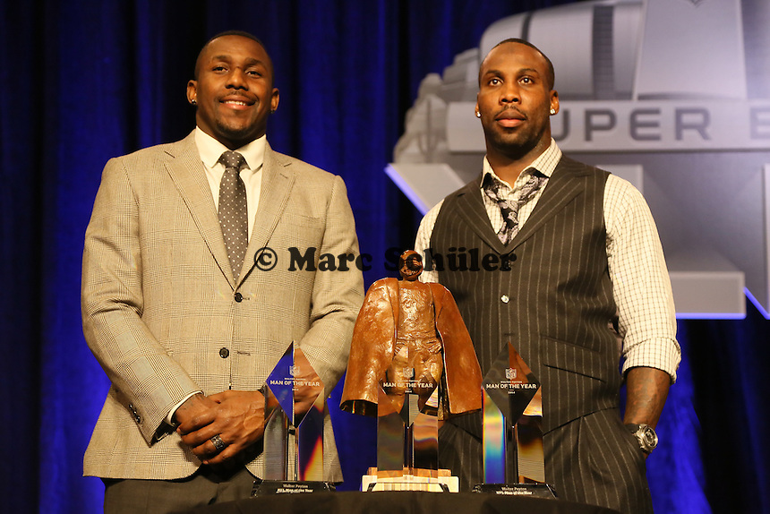 Finalisten LB Thomas Davis (Carolina Panthers) und WR Anquan Boldin (San Francisco 49ers)- Walter Payton Man of the Year Award, Super Bowl XLIX, Convention Center Phoenix
