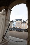 20080108 - France - Aquitaine - Pau<br /> VUES DEPUIS LE CHATEAU DE PAU SUR LA VILLE, LE GAVE ET LES PYRENEES.<br /> Ref : PAU_073.jpg - © Philippe Noisette.