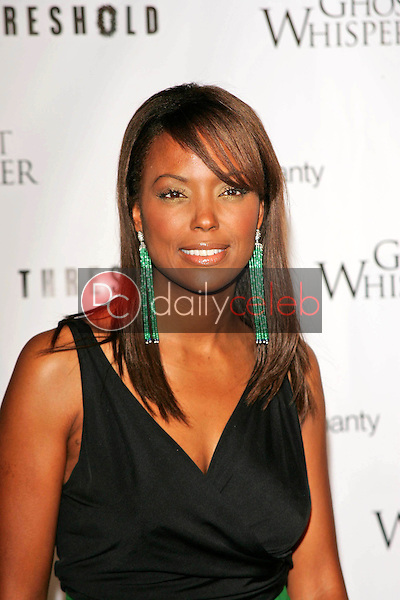 Aisha Tyler<br /> At the CBS &quot;Ghost Whisperer&quot; and &quot;Threshold&quot; premiere screening, Hollywood Forever Cemetery, Hollywood, CA 09-09-05<br /> David Edwards/DailyCeleb.Com 818-249-4998