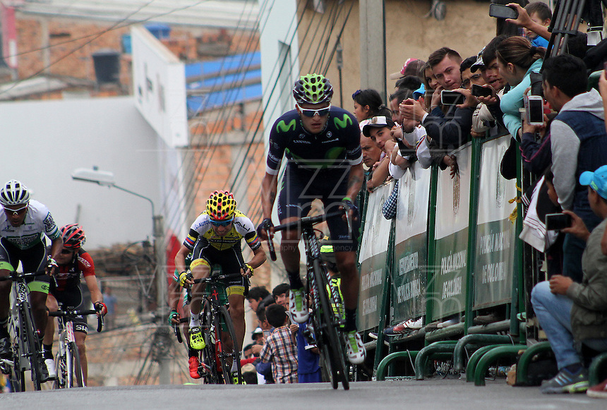 TUNJA - COLOMBIA- 21- 02-2016: Winner Anacona (C) durante la prueba ruta categoría Elite hombres con recorrido entre las ciudades de Sogamoso y Tunja en una distancia 174,6 km kilometros de Los Campeonato Nacionales de Ciclismo 2016, que se realizan en Boyaca. / Winner Anacona during the Elite test individual route men conducted  between the towns of Sogamoso and Tunja at a distance of 174,6 km of the National Cycling Championships 2016 performed in Boyaca. / Photo: VizzorImage / Cesar Melgarejo / Cont.