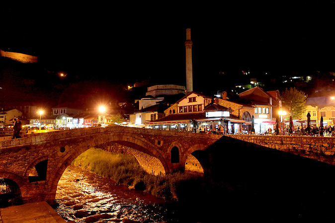 Prizren ist bezogen auf die Einwohnerzahl die zweitgrößte Stadt im Kosovo. / Based on its population, Prizren is the second largest ctown in Kosovo.