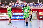 Eskilstuna 2014-05-12 Handboll SM-semifinal 3 Eskilstuna Guif - Alings&aring;s HK :  <br /> Alings&aring;s Marcus Enstr&ouml;m och Alings&aring;s Johan Nilsson deppar<br /> (Foto: Kenta J&ouml;nsson) Nyckelord:  Eskilstuna Guif Sporthallen Alings&aring;s AHK SM Semifinal Semi depp besviken besvikelse sorg ledsen deppig nedst&auml;md uppgiven sad disappointment disappointed dejected