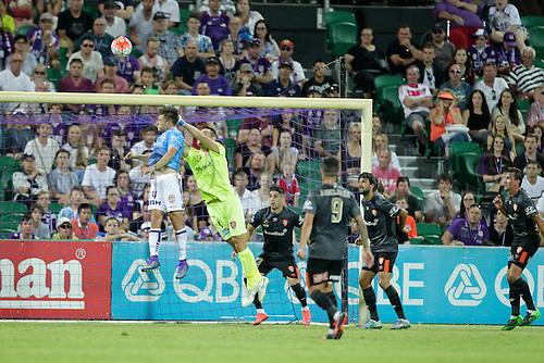 20.02.2016, Perth, Australia. Hyundai A-League, Perth Glory versus Brisbane Roar. Perth Glory's Chris Harold sends a header over the crossbar during the first half. Perth Glory defeated Brisbane Roar 6-3.