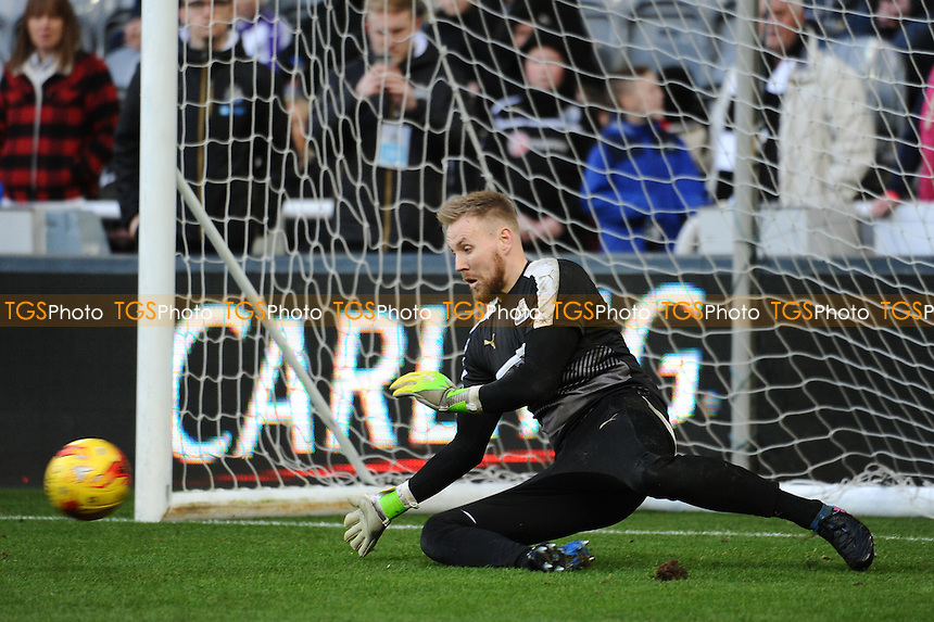 Robert Elliot of Newcastle United during Newcastle United vs Derby County, Sky Bet EFL Championship Football at St. James' Park on 4th February 2017