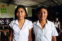 Images of students, staff and building of the Nueva Esperanza Community School,.Nueva Esperanza, Bajo Lempa,.El Salvador.26.4.11.