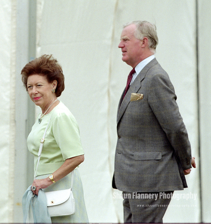 Pix: Shaun Flannery/shaunflanneryphotography.com...COPYRIGHT PICTURE>>SHAUN FLANNERY>01302-570814>>07778315553>>..5th July 1995..HRH Princess Margaret officially opens Brodsworth Hall nr. Doncaster