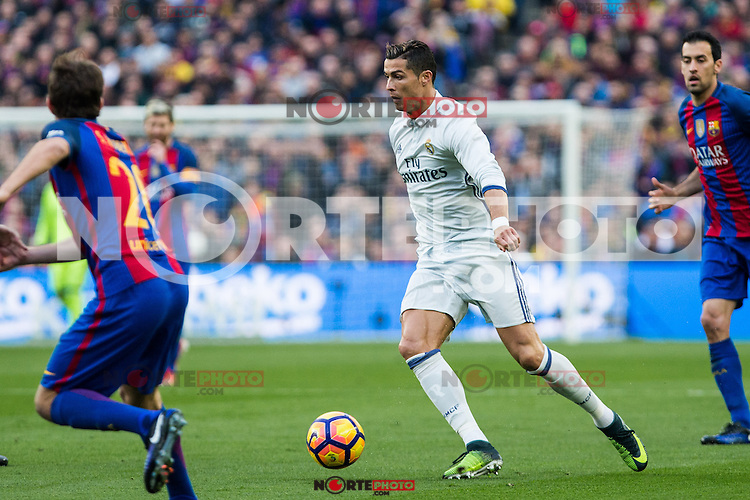 FC Barcelona's Sergi Roberto, Sergio Busquets and Real Madrid's Cristiano Ronaldo during spanish La Liga match between Futbol Club Barcelona and Real Madrid  at Camp Nou Stadium in Barcelona , Spain. Decembe r03, 2016. (ALTERPHOTOS/Rodrigo Jimenez) /NORTEPHOTO.COM