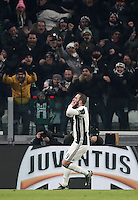 Goal Gonzalo Higuain Calcio, Serie A: Juventus vs Roma. Torino, Juventus Stadium,17 dicembre 2016. <br /> Juventus&rsquo; Gonzalo Higuain celebrates after scoring the winning goal during the Italian Serie A football match between Juventus and Roma at Turin's Juventus Stadium, 17 December 2016.<br /> UPDATE IMAGES PRESS/Isabella Bonotto