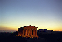 Agrigento, Valle dei Templi. Tempio della Concordia --- Agrigento, Valley of the Temples. Temple of Concordia