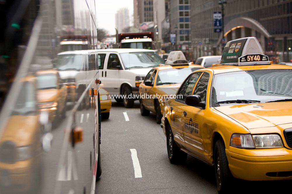 Bumper-to-bumper traffic rides up 42nd street in New York, USA, 7 April 2008. Midnight is the deadline for the state legislature to approve Mayor Bloomberg's congestion pricing plan and still qualify for a $350 million federal grant.