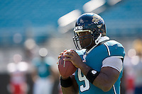 November 08, 2009:    Jacksonville Jaguars quarterback David Garrard (9) warms up prior to the start of  action between the AFC West  Kansas City Chiefs and AFC South Jacksonville Jaguars at Jacksonville Municipal Stadium in Jacksonville, Florida............