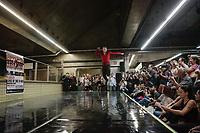SÃO PAULO, SP 28.03.2019: LORD OF THE DANCE-SP -  Parte dos bailarinos do espetáculo de dança e sapateado Lord Of The Dance - Dangerous Game, que fará apresentações no Rio de Janeiro, dias 03 e 04 de abril no Vivo Rio e em São Paulo, dias 05,06 e 07 de abril no Ginásio do Ibirapuera, se apresentou na estação Paraíso do Metrô, zona sul da capital, na tarde desta quinta-feira (28). (Foto: Ale Frata/Codigo19)