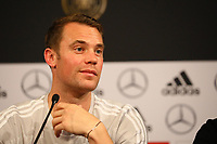 Torwart Manuel Neuer (Deutschland Germany) - 15.10.2018: Pressekonferenz DFB vor dem Spiel Frankreich vs. Deutschland, 4. Spieltag UEFA Nations League, Stade de France, DISCLAIMER: DFB regulations prohibit any use of photographs as image sequences and/or quasi-video.