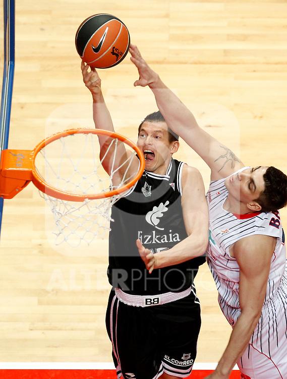 Madrid.- (10/02/2011).-LXXV COPA DE S.M. EL REY.FASE FINAL.Caja Laboral-Bizkaia Bilbao Basket .Janis Blums-Batista...©Alex Cid-Fuentes/AlfaquiFotografia