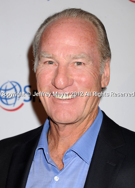 BEVERLY HILLS, CA - SEPTEMBER 28: Craig T. Nelson attends Operation Smile's 30th Anniversary Smile Gala - Arrivals at The Beverly Hilton Hotel on September 28, 2012 in Beverly Hills, California.