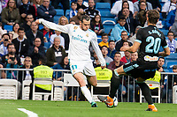 Real Madrid Gareth Bale and Celta de Vigo Sergi Gomez during La Liga match between Real Madrid and Celta de Vigo at Santiago Bernabeu Stadium in Madrid, Spain. May 12, 2018. (ALTERPHOTOS/Borja B.Hojas) /NORTEPHOTOMEXICO