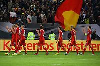 Tschechische Mannschaft bedankt sich bei den Fans - 08.10.2016: Deutschland vs. Tschechische Republik, Volkspark Stadion Hamburg, WM-Qualifikation Spiel 2