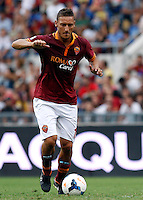 "Calcio: allenamento a porte aperte ""Open Day"" per la presentazione della Roma, a Roma, stadio Olimpico, 21 agosto 2013.<br /> AS Roma forward Francesco Totti attends the club's Open Day training session at Rome's Olympic stadium, 21 August 2013.<br /> UPDATE IMAGES PRESS/Isabella Bonotto"