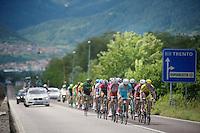 a big breakaway group easily wins minutes over the peloton early on<br /> <br /> 2014 Giro d'Italia <br /> stage 17: Sarnonico - Vittori Veneto (208km)
