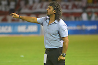 BARRANQUILLA  -COLOMBIA, 09-07-2016. Leonel Álvarez director técnico del Medellín    durante encuentro contra Patriotas FC por la fecha 2 de la Liga Aguila II 2016 disputado en el estadio Metroplitano Roberto Meléndez ./ Leonel Alvarez coach of Medellin during match against Patriotas FC for the date 2 of the Aguila League II 2016 played at Metroplitano Roberto Melendez stadium . Photo:VizzorImage / Alfonso Cervantes  / Contribuidor