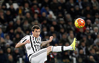 Calcio, Serie A: Juventus vs Milan. Torino, Juventus Stadium, 21 novembre 2015. <br /> Juventus&rsquo; Mario Mandzukic controls the ball during the Italian Serie A football match between Juventus and AC Milan at Turin's Juventus stadium, 21 November 2015. Juventus won 1-0.<br /> UPDATE IMAGES PRESS/Isabella Bonotto