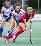 UTRECHT - Joelle Ketting (Laren) met  Kiki van Wijk (Kampong) tijdens de hockey hoofdklasse competitiewedstrijd dames:  Kampong-Laren (2-2). COPYRIGHT KOEN SUYK