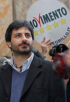 NAPOLI 2009: BEPPE GRILLO PRESENTA LA LISTA ELETTORALE CHE IL SUO MOVIMENTO PRESENTERA ALLE PROSSIME ELEZIONE REGIONALI DELLA CAMPANIA NELLA FOTO ROBERTO FICO CANDIDATO PRESIDENTE  FOTO CIRO DE LUCA Roberto Fico nuovo presidente della Camera<br /> in alcune foto d'archivio