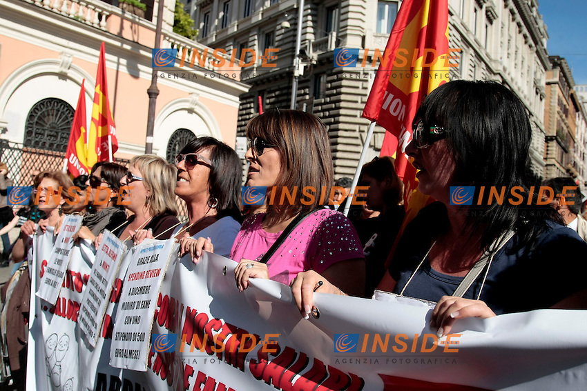 Donne<br /> Roma 18-10-2013 Manifestazione dei sindacati di base USB e COBAS in occasione dello sciopero nazionale dei lavoratori.<br /> Strike and demonstration of the Left Trade Unions<br /> Photo Samantha Zucchi Insidefoto