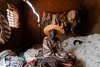 Burkina Faso , fair trade and organic cotton project, farmer Boukoungou Wenneda of cooperative UNPCB in village Kayao near Ouagadougou / Burkina Faso fairtrade und Biobaumwolle Projekt